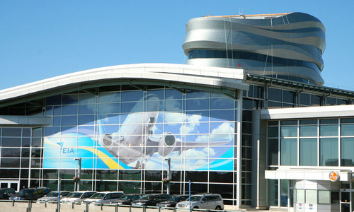{Edmonton International Airport}